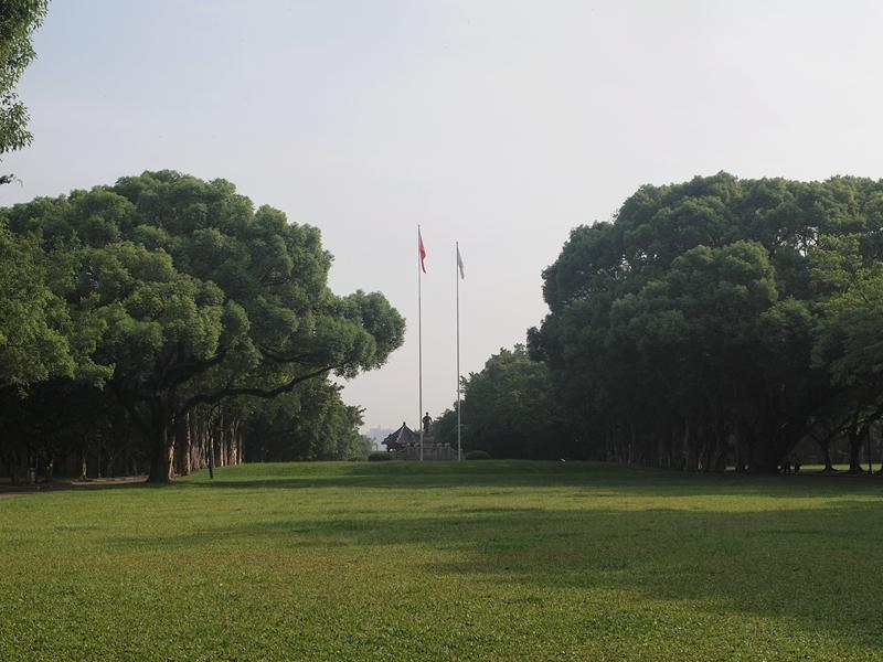 04大草坪